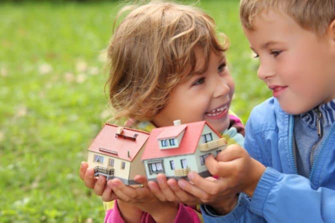 Как подарить квартиру ребенку