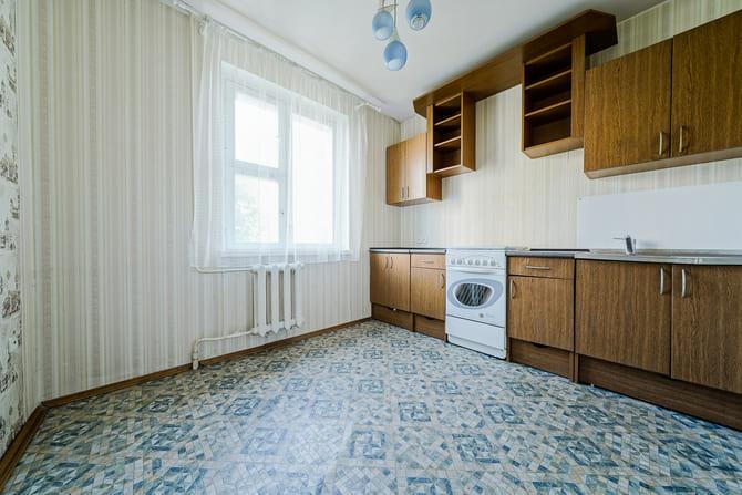 Продажа трехкомнатной квартиры, Минск, Космонавтов ул., 3-5 - фото 1