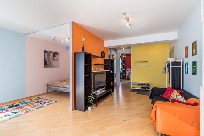 Купить квартиру-студию, центр Минска, ул. Комсомольская, д. 33