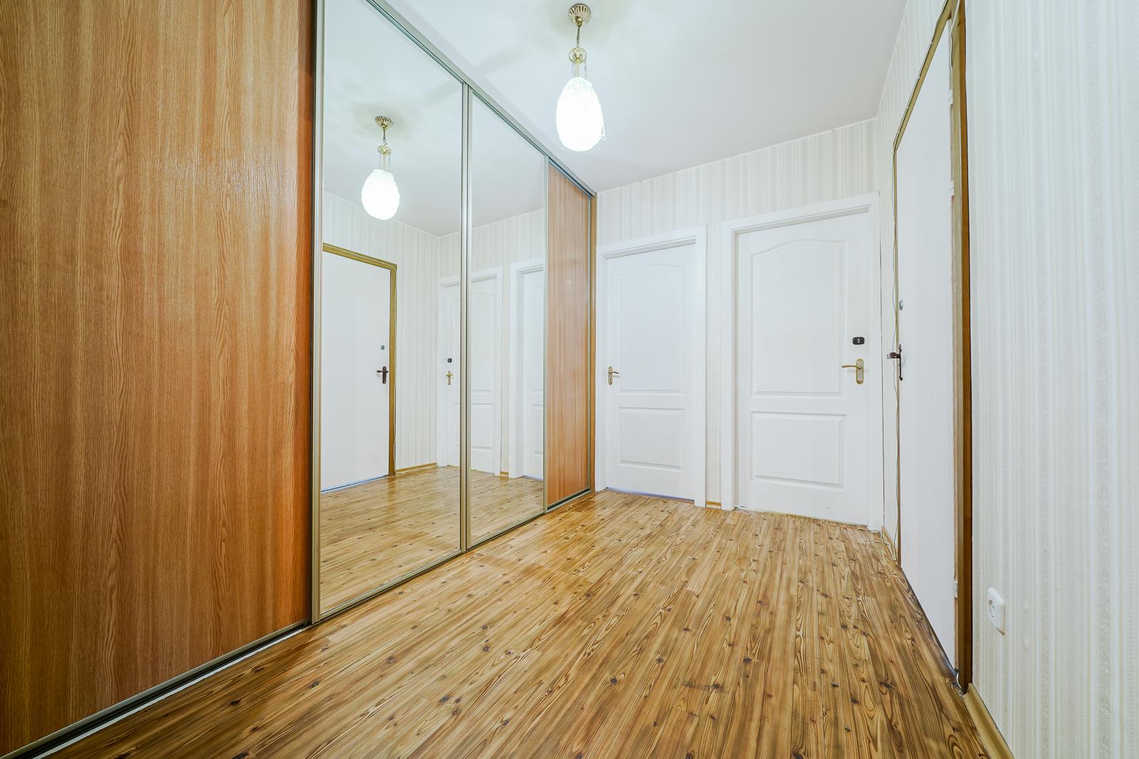 Продажа трехкомнатной квартиры, Минск, Космонавтов ул., 3-5 - фото 8