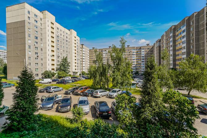 Продажа трехкомнатной квартиры, Минск, Малиновка, Космонавтов ул., дом 3-5