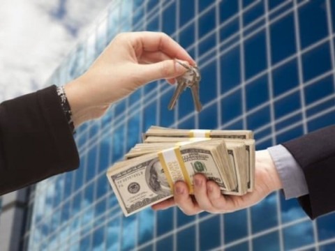 Варианты передачи денег при купле-продаже квартир