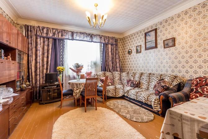 Продается трехкомнатная квартира, сталинка, Минск, ул. Пономаренко, дом 16